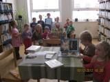 MŠ-v_knihovně_014